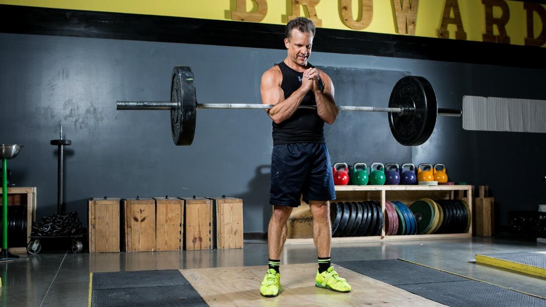 Rdellatraining Com How To Do The Zercher Squat The Best Squat You Re Not Doing
